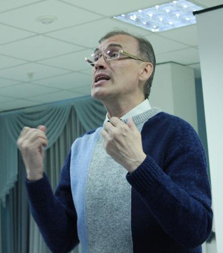 Виталий Кальпиди в библиотеке им. В.Г. Белинского (Екатеринбург, Россия)