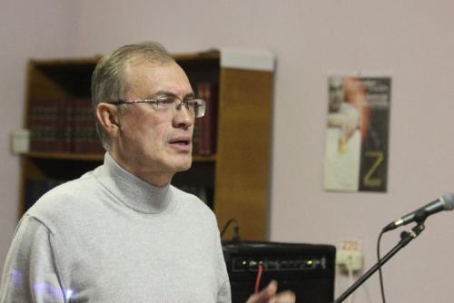 Презентация книги Виталия Кальпиди  IZBRANNOE