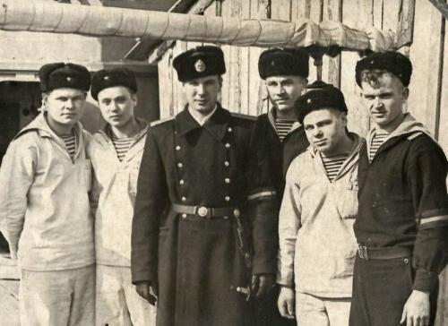 1958 г. Величавый Дежурный и (...)